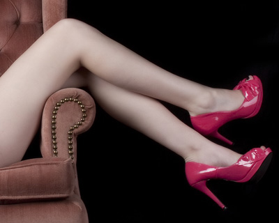 boudoir_photography_sexy_legs_and_high_heels