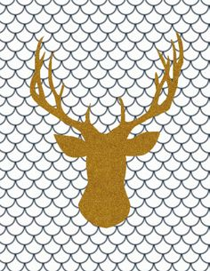 Adorable gold glitter deer. Free printable from Carissa Miss. A Fox print is also available.